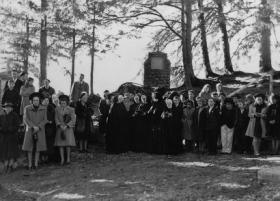 Group attending inaugural Mass and Blessing of Statue, October 28, 1941 on Shrine Island.